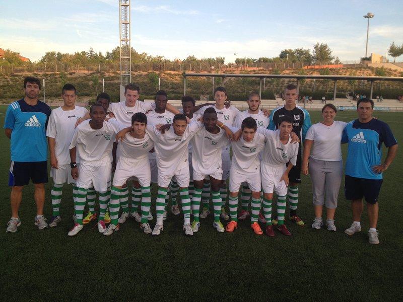 Grand match a eu lieu le lundi en Valdelasfuentes entre l'une des équipes les plus difficiles en la Division d'Honneur de Madrid catégorie des jeunes