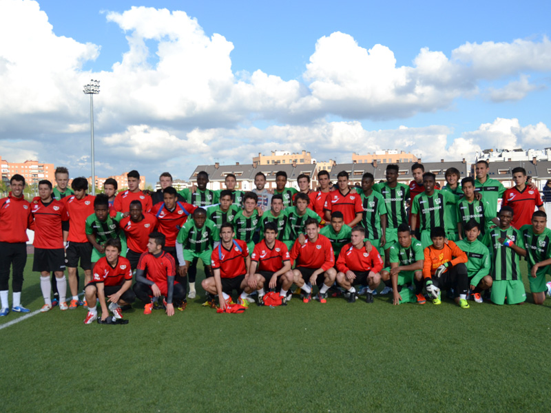 Great match of our InterSoccer kids VS youth team from Rayo Vallecano Honor Division