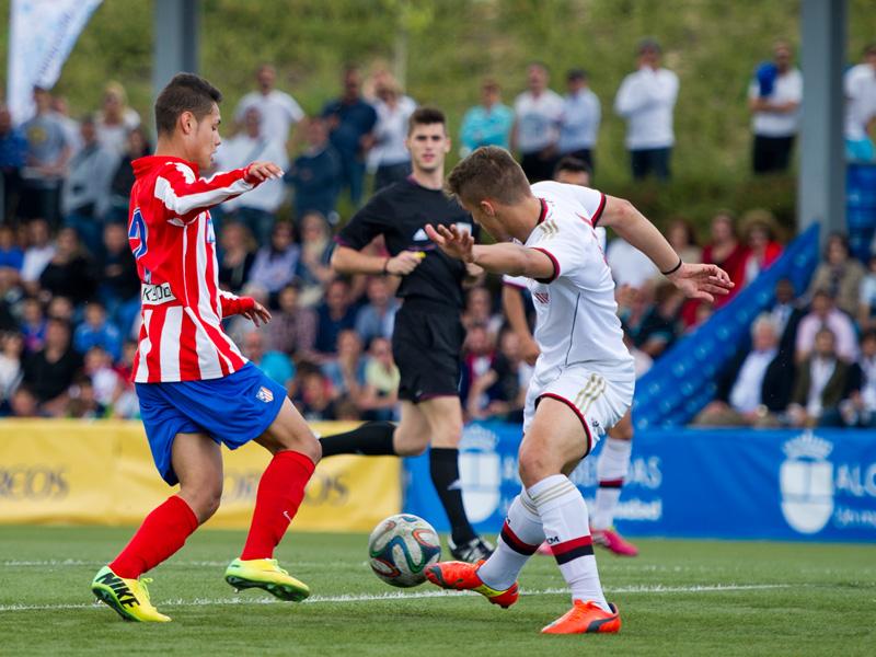 Atletico Madrid proclamé Champion du tournoi -Luis Aragones In Memoriam-