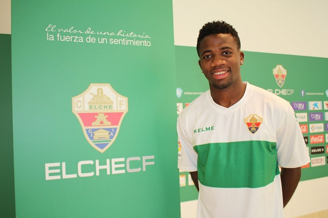 SAMBA OFFICIALLY PRESENTED AS A ELCHE C.F. PLAYER