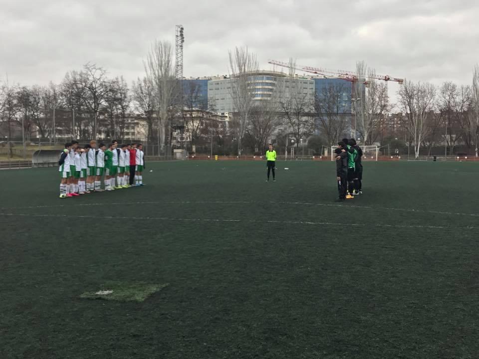 Fútbol 7 - J10 Intenso partido bajo la lluvia
