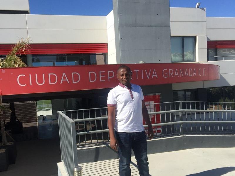 CLINIC DE SATURNIN DJOUFACK -DIRECTOR DE BEST STARS ACADEMY- Y CONVIVENCIA EN LA A.C. INTERSOCCER MADRID DURANTE UNA SEMANA.-