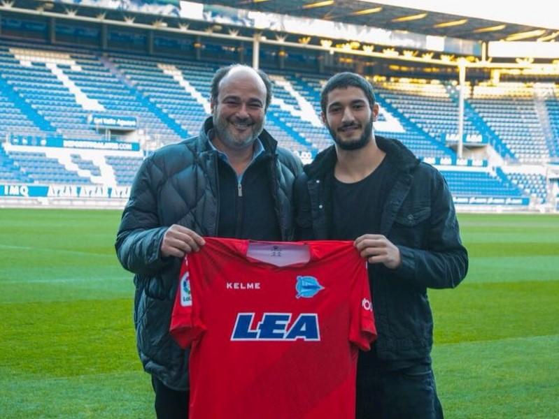 Los clubes profesionales Deportivo Alavés -Youssef- y Granada CF -Fabrice Ofon- ponen sus ojos en jugadores del Sub/20 de la AC INTERSOCCER.-