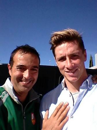 David Hernandez coach with Fernando Torres