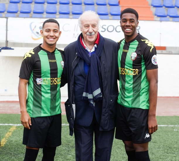 Vicente Del Bosque visits A.C. Intersoccer Madrid